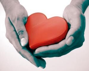 coeur in hands