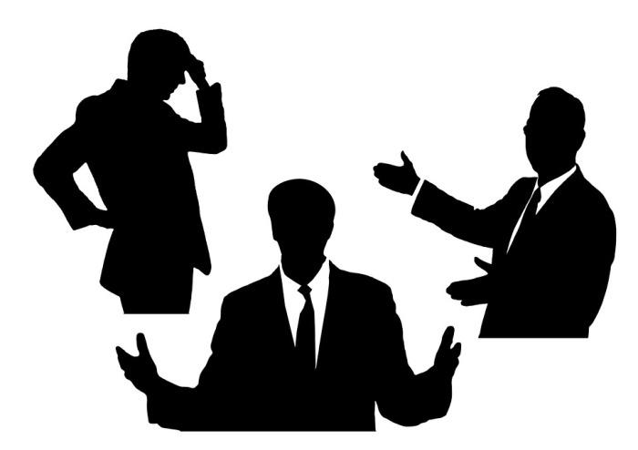 Comment adopter la gestuelle adéquate pour préserver l'attention du public pendant un discours