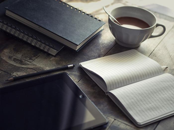 3 stratégies qui m'ont aidé à publier 20 livres en 10 ans (et à écrire beaucoup plus que ça)