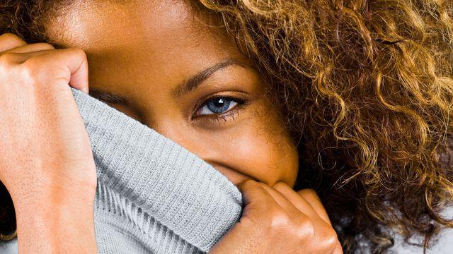Comment vaincre sa timidité : 2 exercices surprenant proposés par Cécile Marguin
